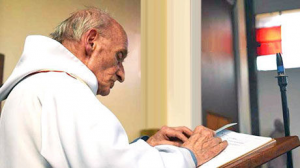 meggyilkolt francia pap