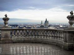 Nem zárják be a katolikus templomokat a koronavírus miatt