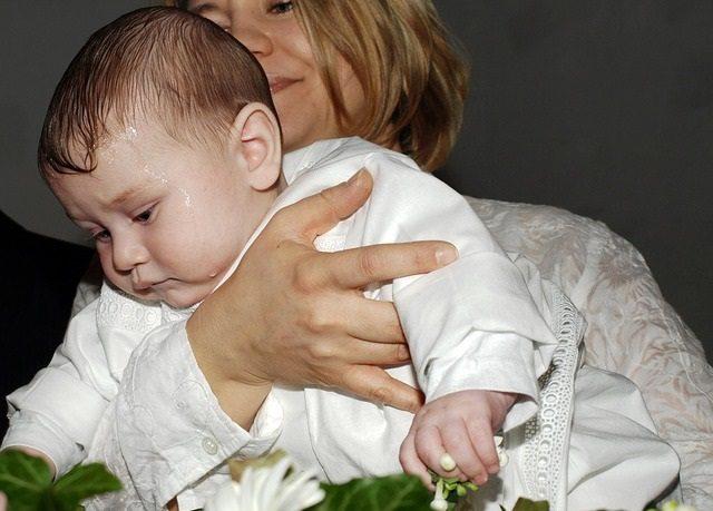 Megkeresztelhetik az unokámat?