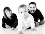 Kisgyerek intelmei szüleihez