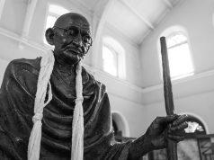 Gandhi és a cukor – történet a hiteles nevelésről