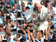 Ferenc pápa papokat szentelt Bangladesben