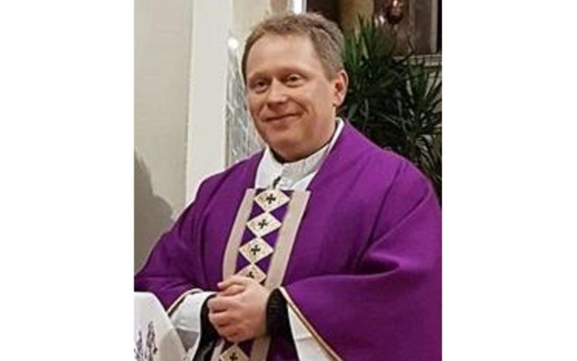 Lépes Lóránt atya a Mária Rádió műsorigazgatója