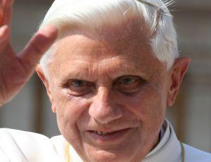 XVI. Benedek –Zarándokúton vagyok az Úr háza felé
