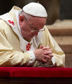 XVI. Benedek megvédte Ferenc pápát