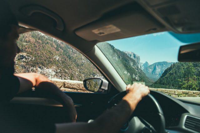 Rondán beszélek vezetés közben