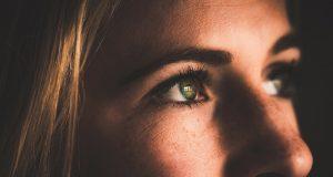 Szabó Lőrinc – Csodatevő szemek