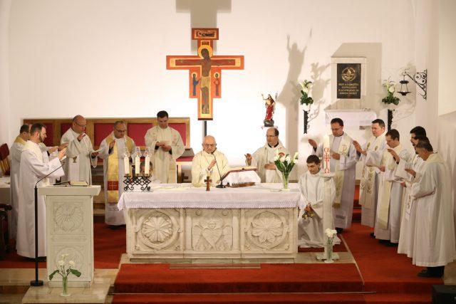 """""""A szívünk fiatal, tele van lelkesedéssel!"""" – fiatal papok találkozója"""