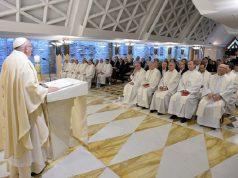 Ferenc pápa: nem létezik fotelből végzett evangelizálás
