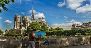 Macron francia elnök: az országnak szüksége van az Egyházra