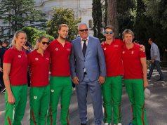 Magyar úszókkal találkozott Ferenc pápa