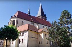 BÁRTFA – Templom az ablak(ok)ban