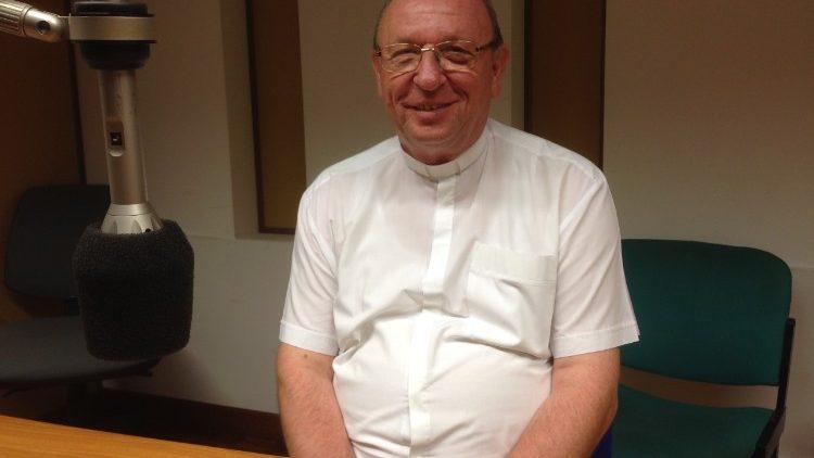 Palánki Ferenc püspök a Vatikáni Rádió műsorában
