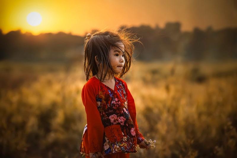 A gyermeknevelés szépségei