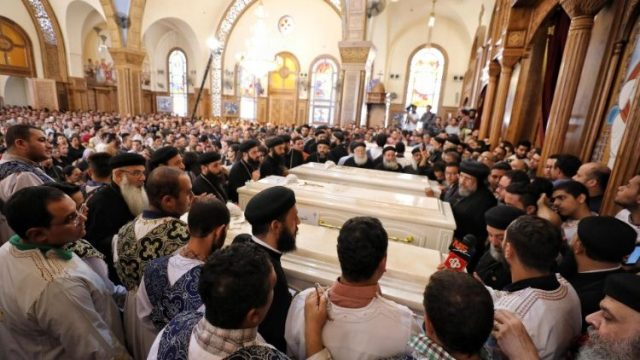 A pápa imája a merényletben elhunyt kopt zarándokokért