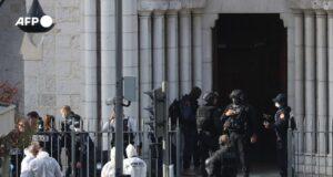 Újabb terrortámadás a Notre-Dame székesegyházban, hárman meghaltak