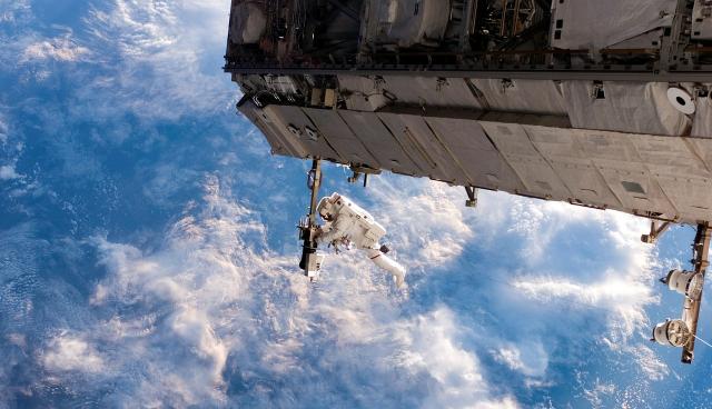 Szomjasan az űrben
