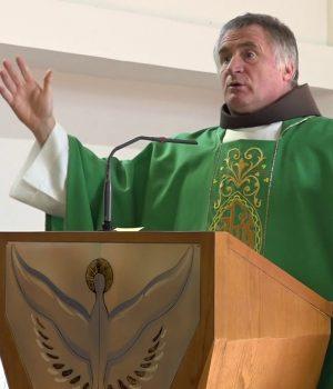 Böjte Csaba: Tartsd meg Krisztus három fő parancsát