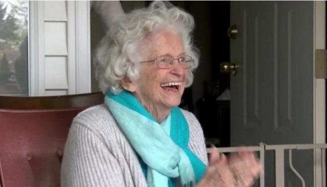 idős hölgy